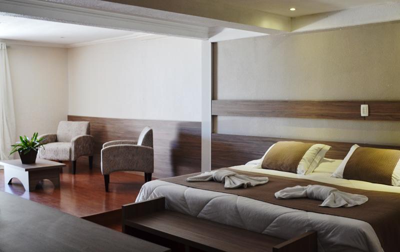 Bel Air Hotel em Teresópolis Suíte Júnior